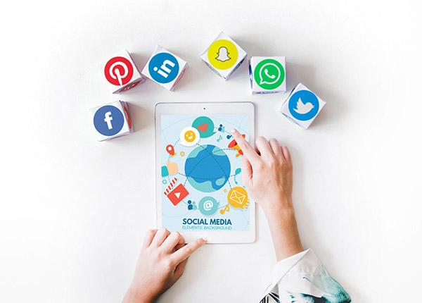 Social Media Betreuung Checklist Bild